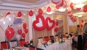 Свадьба украшение зала воздушными шарами. Сердце из воздушных шаров